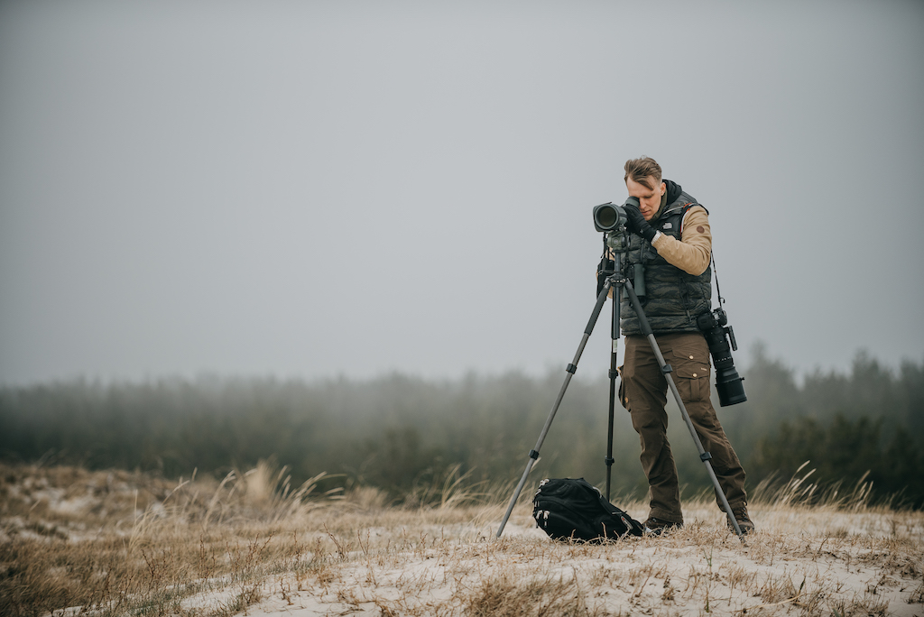 Trumpas filmas apie paukščių stebėjimą Kuršių nerijoje